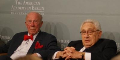 George Shultz and Henry Kissinger in Berlin