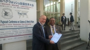 Dr. Kolesnikov (left) with Pugwash president Jayantha Dhanapala in Nagasaki
