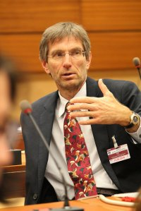 IPPNW co-president Tilman Ruff